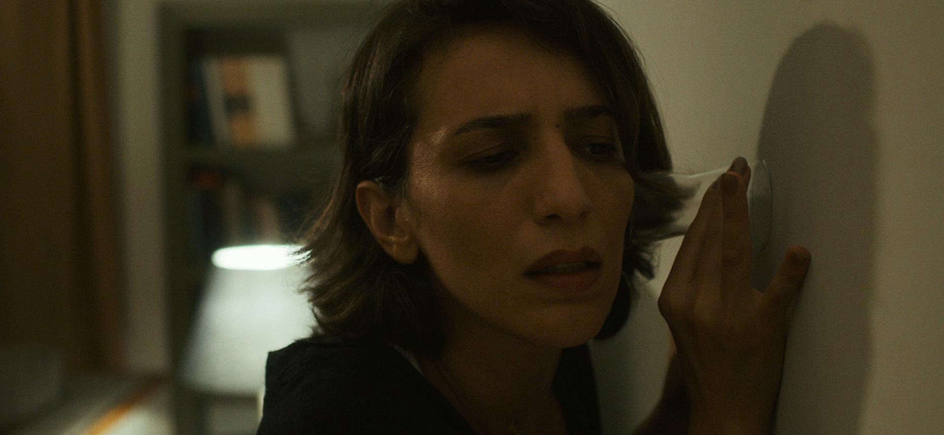 Nazlı Elif Durlu - ZUHAL 01